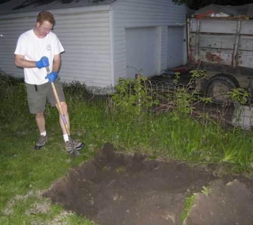 Steve Digging