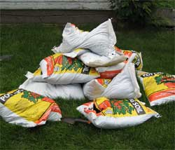 Pile o' potting soil